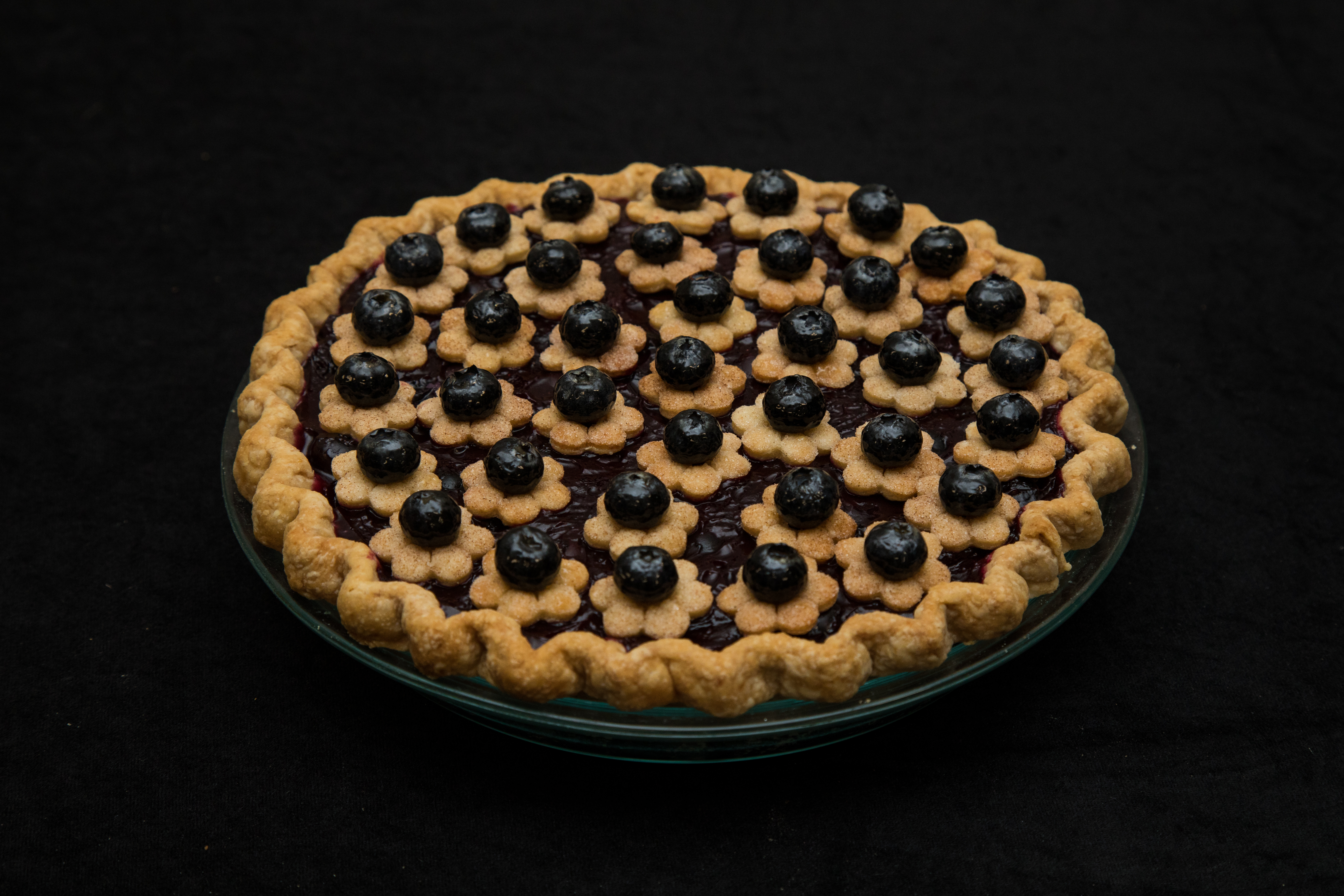 2019 Amateur 1st Place Blueberry I'm So Blueberry Pie, Rhonda Hull, Little Rock, AR